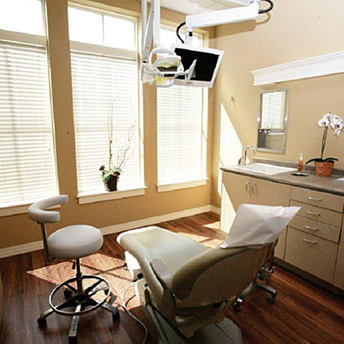 Our Charleston dental office showing the dentist's chair and other tools