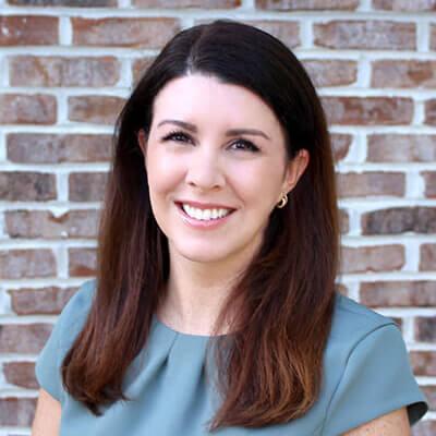 Headshot of Dr. Jennifer Wade